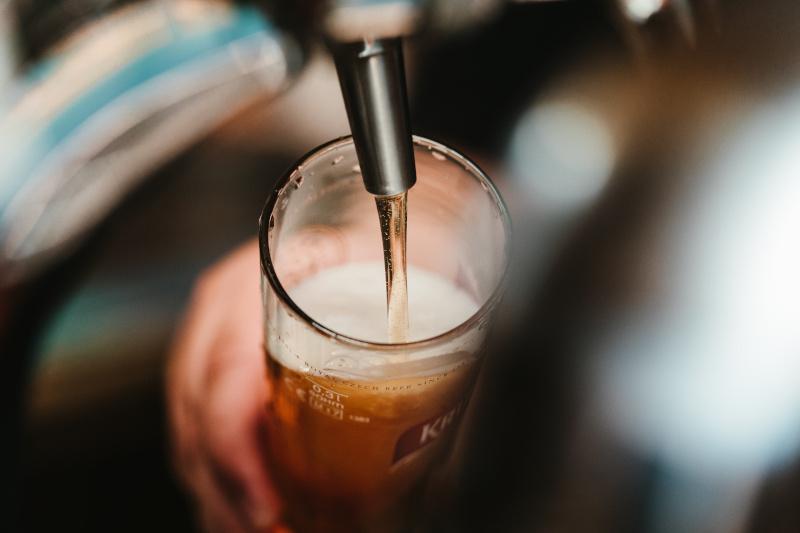διανομεας μπυρας